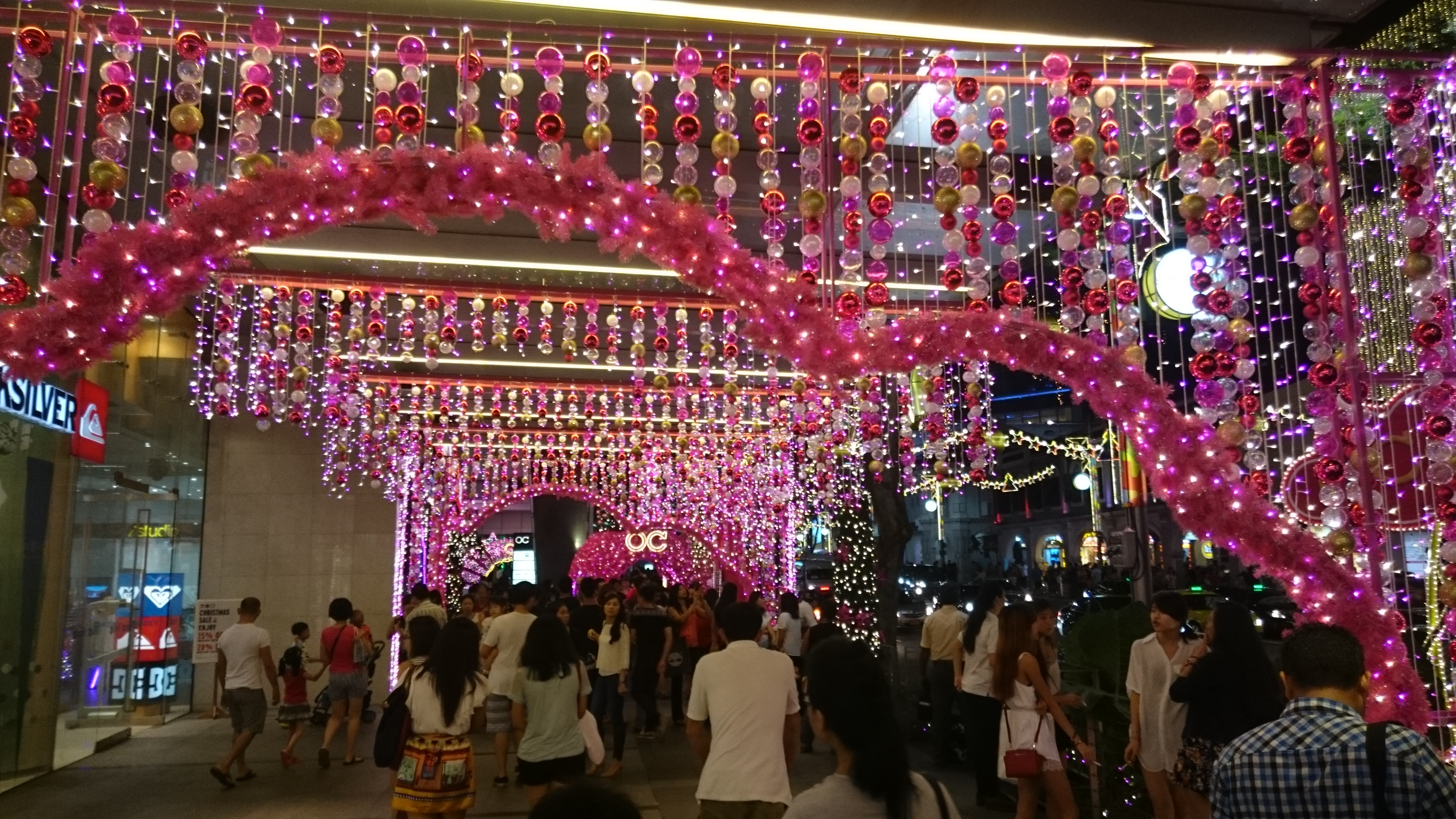 Orchard Central Xmas Pink